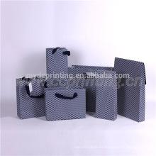 Bolsas de papel de encargo de encargo al por mayor baratas para el regalo