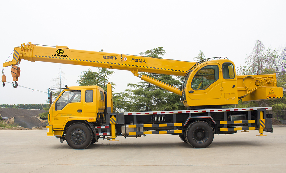 Flatbed Truck Mounted Crane