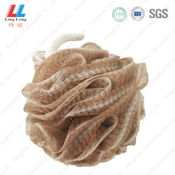 Deep color mixture mesh bath sponge