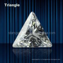 Различные цвета треугольник формы кубического циркония