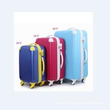 Ensembles de bagages colorés de chariot