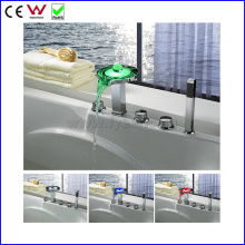 Deck Mounted China Bath&Shower Faucet LED Bathtub Faucet (FD15304F)