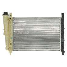 Radiador de venda quente para carro clássico de alumínio UNO