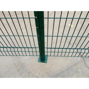 Hot Sale PVC Coated Welded Triangle Bending Fence