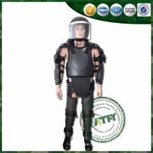 Nuevo tipo de cuerpo uniforme militar.
