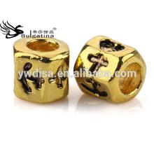 Grânulos de metal por atacado com furo de 4.5mm para a corrente da serpente através do grânulo chapeado ouro de 18K venda quente