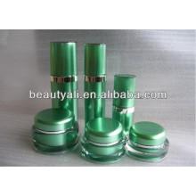 Tarro de acrílico cosmético de la crema de la forma redonda de 100ml 200ml para el embalaje
