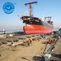 Navio a preços competitivos lançando airbag marinho