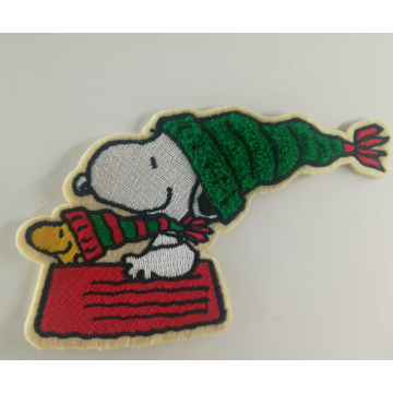 Remendo de Chenille bordado Disney Cartoon Snoopy