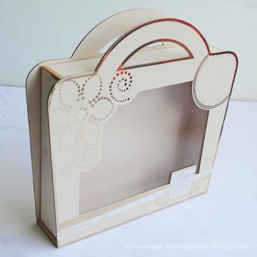 Luxuriöse Kleiderverpackung mit Griff und klaren Fenstern