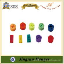 Grampos de suspensão de plástico colorido amplamente utilizados para cabides