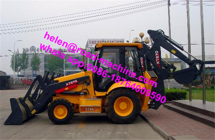 XT870 Backhoe Loader