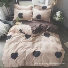 комплект постельного белья из полиэстера и принта