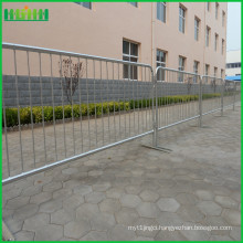 retractable belt portable steel crowd control barrier