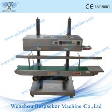 Machine d'étanchéité automatique industrielle en plastique avec bande continue
