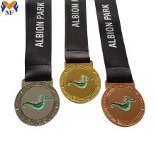 Conjunto de medallas deportivas personalizadas de alta calidad