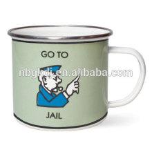 Gehen Sie zu Gefängnis-Becher Gehen Sie zu Gefängnis-Becher
