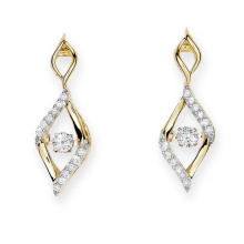 Gold Plate 925 brincos de prata Stud Dancing Diamond Jewelry