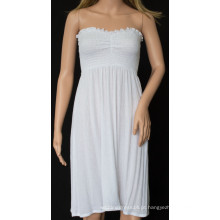 Vestido sexy sem alças com cor branca