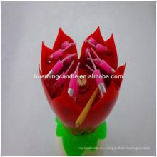 Flor de loto con velas de cumpleaños de doble capa