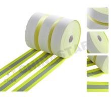 Fluo-gelber Kalk mit reflektierendem Streifen in der Mitte