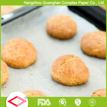 Papel antiadherente del silicón de los 42X62cm que cuece para la cocción de la comida