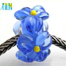 El estilo europeo pavimenta las cuentas de cristal transparentes del murano de la flor para hacer las pulseras