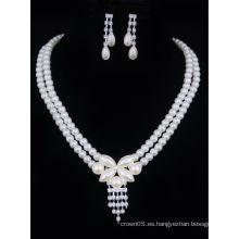 Collar artificial elegante de la perla de la promoción fijado