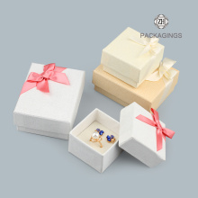 Fashion+white+earrings+packaging+box+with+spong