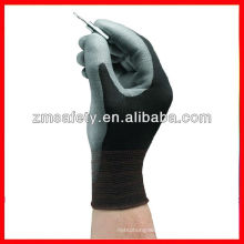 Polyurethane palm coating nylon gloves