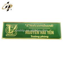 Insignia de encargo del nombre de la broche del emblema del metal de epoxy de las ventas al por mayor