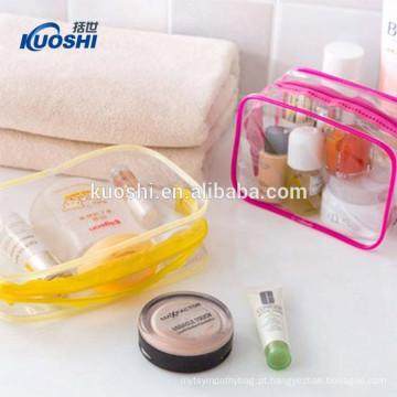 manufatura cosmética isolada do saco do toiletry do pvc