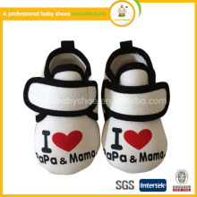 hot sale product for 2015 New Arrival Soft Sole Fabric newborn baby shoes