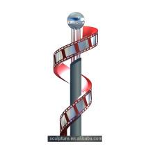 2015 escultura de la escultura del patrón de la película de película modificada para requisitos particulares con la fuente y arte del arte del metal del color del LED