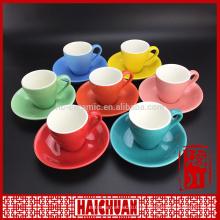Nueva taza de té elegante amarillo del diseño y venta al por mayor de la fábrica del platillo
