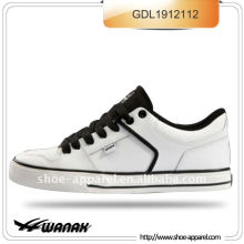 white pu hot selling skate shoes