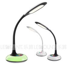 Lâmpada de mesa inteligente LED com função de escurecimento de 3 níveis (LTB793)