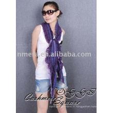 Écharpe en laine mercerisée à la mode à la mode