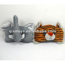 Adorable bonnet en peluche avec un tigre et un éléphant