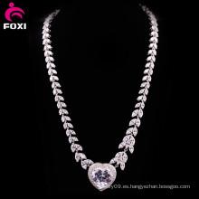 Diseño de lujo del collar de la boda del oro blanco del Zircon