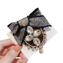 Fall Winter Rhinestone Bow Big Designer Brooch Pin for Women Girl Coat Sweater Accessories Vintage Badge Fashion Jewelry Handmad
