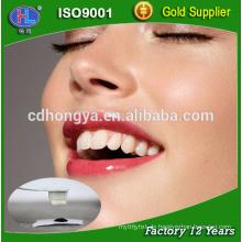 Aktivkohlepulver zum Aufhellen von Zähnen