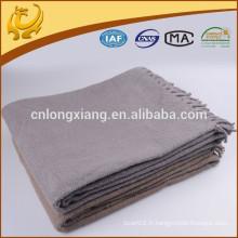 Design Classique 140 * 180cm Belle Plaine Couleur Long Tassel Reversible Blanket Bed Throw
