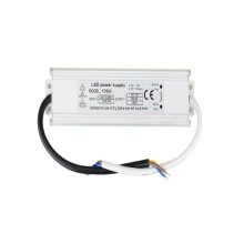 Venta al por mayor 5A impermeable Led Driver 12V 60w adaptador