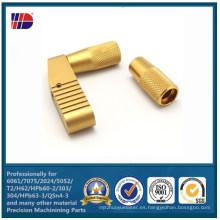 CNC de cobre amarillo de la alta precisión que da vuelta con las piezas de metal que trabajan a máquina (WKC-460)