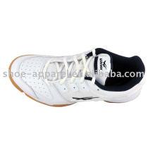 Sapatas de tênis dos homens de China