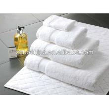 Haute qualité différentes couleurs disponibles luxe 100% coton en gros éponge serviette de bain