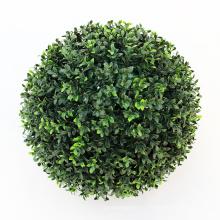 Bola verde artificial de la decoración del parque del jardín al aire libre para el balcón