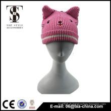 Chapeau tricoté d'oreille de chat d'hiver populaire