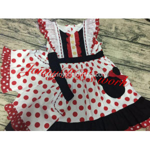 Дети Disney Red Dot Outfit